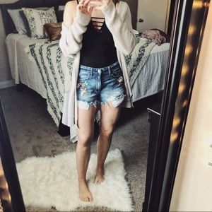 American Eagle Embroidered High Rise Short Shorts